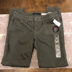 NWT Aeropostale Army Green Ankle Jeggings